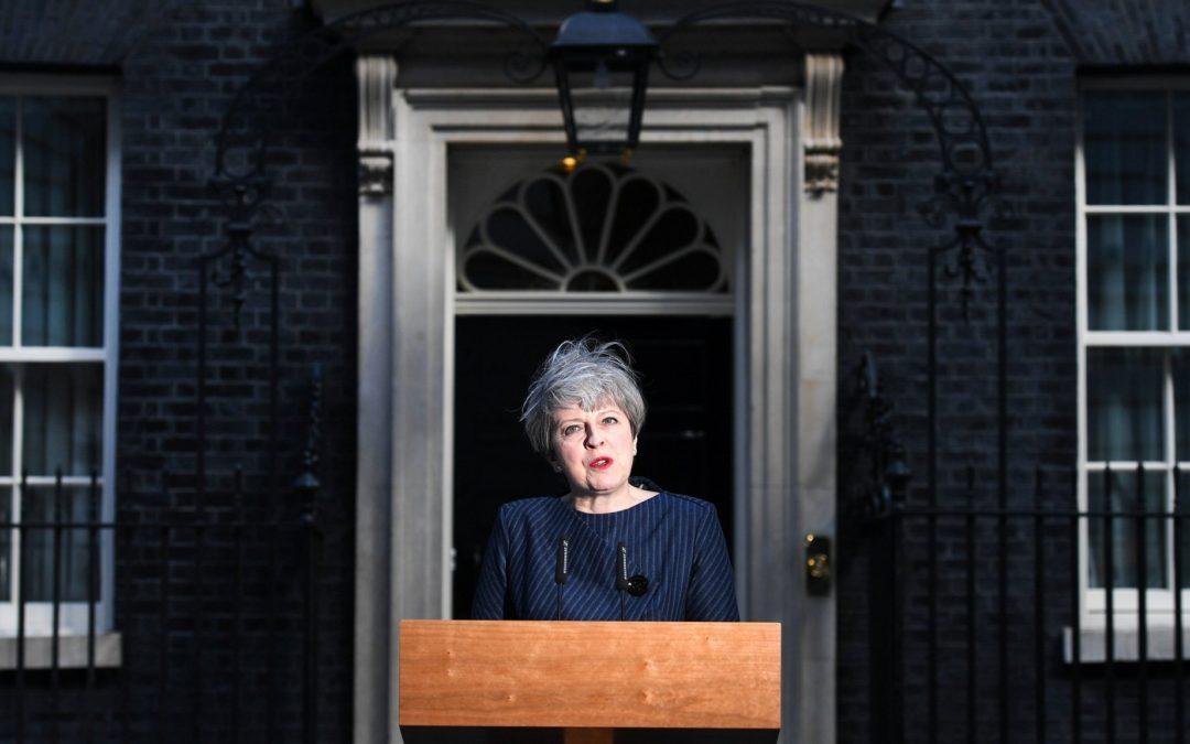 小广播:英国提前大选 都是什么盘算? | 纽威评论 #联合王国 #就是聊政治!
